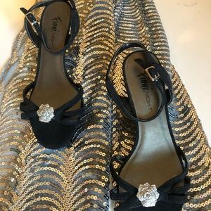 SALE: NWOT Fioni Night Dress Pumps
